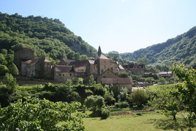 0_Baume-les-Messieurs_-_village_3
